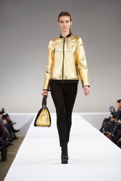 http://www.style.com/slideshows/fashion-shows/fall-2015-ready-to-wear/longchamp/collection/38