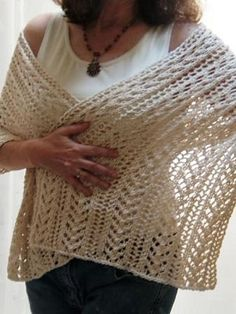 FREE Knitting Pattern This wrap is perfect to keep the chill away on a late summer evening. The stitch patterns (little arrowhead and feather) hint that Cupid may be nearby! Knitted Poncho, Knitted Shawls, Crochet Scarves, Knit Crochet, Crochet Pattern, Lace Knitting, Knitting Stitches, Knitting Patterns Free, Shawl Patterns