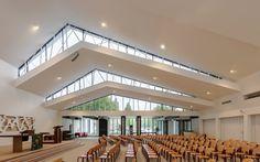 De Bron Church Renovation / Bureau MT