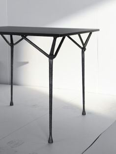 Officina is a minimalist design created by France-based designer Ronan and Erwan Bouroullec for Magis. Created in wrought iron, the hammered metal structures come in a variety of sizes and surface materials. (10)