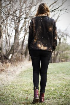 DIY  Galaxy Sweatshirt