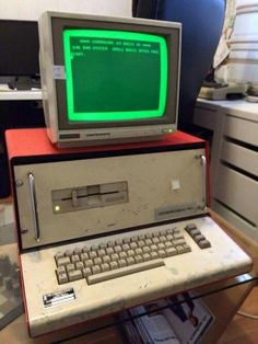 Vintage Computer. ............................................................Please save this pin... ........................................................... Visit!.. http://www.ebay.com/usr/prestige_online