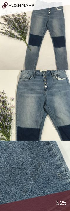"""Pacsun Jeans Super High-rise skinniest size 31. Good condition. No holes. Stains on lower leg of pants. It is pictured above. Rise-12"""". Hips 20"""". Inseam-27.5"""". Waist 15"""". PacSun Jeans Skinny"""
