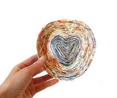 Heart bowl Recycled Rolled Coiled Paper Dish by PensieriCreativi