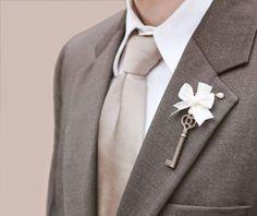Key boutonniere Groomsmen Wedding men groom Vintage by whichgoose Wedding Groom, Wedding Men, Wedding Suits, Dream Wedding, Rustic Wedding, Wedding 2015, Budget Wedding, Wedding Planner, Groomsmen Boutonniere