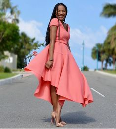 Dress to impress. That color tho African Wear, African Dress, African Fashion, Church Outfits, Mode Inspiration, Cute Dresses, Seshoeshoe Dresses, Beautiful Dresses, Pretty Outfits