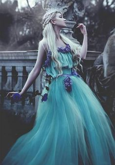 Shared by @My_Own_Magic. Find images and videos about girl, Queen and princess on We Heart It - the app to get lost in what you love.