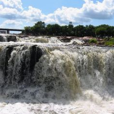 Falls at Sioux Falls, South Dakota South Dakota Vacation, Go Usa, Sioux City, Places To See, Places To Travel, Places Ive Been, Rv Camping, Niagara Falls, Waterfalls