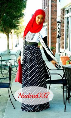 MODEST STREET FASHION CONTEST 2014  My favorite! <3 Islamic Fashion, Muslim Fashion, Modest Fashion, Fashion Tag, Fashion Ideas, Turban, Hijab Outfit, Hijab Wear, Simple Hijab