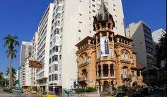 O Castelinho do Flamengo e uma casa mal assombrada da cultura carioca.