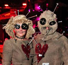 Coolest Voodoo Doll Couple Costume - 2