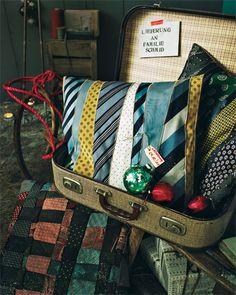 Kissen aus Krawatten - hammer cool wie gekauft! Wäre auch eine gute DIY Geschenkidee (besonders für Papa)