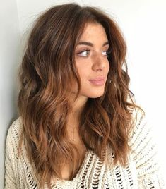 Black Coffee Hair With Ombre Highlights - 10 Cool Ideas of Coffee Brown Hair Color - The Trending Hairstyle Onbre Hair, New Hair, Curls Hair, Loose Curls, Hair Dye, Hair Brush, Prom Hair, Medium Hair Styles, Curly Hair Styles