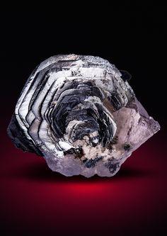 Mineralesque - hematitehearts:   Hematite and Quartz Pizzo...