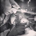 """28 curtidas, 1 comentários - Henrique Vitorino (@rikvitorino) no Instagram: """"Papagaio roots brasileiro em estilo tradicional desenho de Henrique Vitorino #tattoo #tatuagem…"""""""