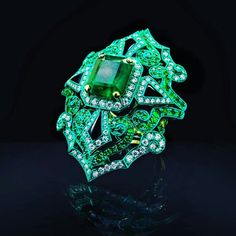 18k emerald diamond gga ring!! !! #ArtJewellery @austy_lee.