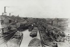 BW192-3-2-2-2-69Loading coal into day boats at Hednesford