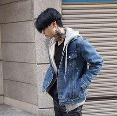 Korean Fashion – How to Dress up Korean Style – Designer Fashion Tips Korean Boys Ulzzang, Cute Korean Boys, Ulzzang Boy, Asian Boys, Ulzzang Style, Korean Fashion Men, Korean Men, Boy Fashion, Mens Fashion
