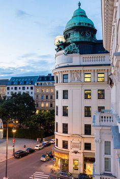 Vienna Albertina Platz