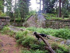 Fotogalerie: Zbytky přehrady se v roce 1996 staly kulturní památkou. Hiking Boots, Pictures