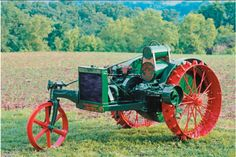 """From legacy """"senior"""" tractors of the to collectible tractors on a petite scale, The Tractor Factor brings rare vintage farm tractors vividly to life. Antique Tractors, Old Tractors, Antique Cars, Allis Chalmers Tractors, Vintage Farm, Steel Wheels, Factors, Things To Come, Farming"""