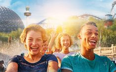Gruppenreise in den Europa-Park Park, Fair Grounds, Travel, Europe, Covered Wagon, Ride Along, Group Tours, Teepee Tent, Outdoor Camping