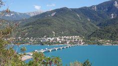 SAVINES-LE-LAC - Village moderne des années 60, il a été reconstruit sur les berges de Serre-Ponçon à la création du barrage.