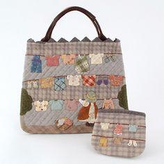 お洗たくものをたくさんアップリケしたバッグとポーチの材料セット。キット  お洗たくいっぱいのバッグ&ポーチ