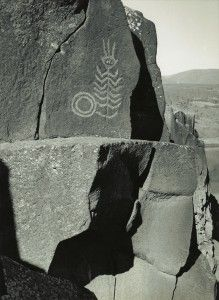 """This petroglyph, photographed by Alfred A. Monner (1953), warns of a dangerous whirlpool in the eastern Columbia River Gorge. Monner referred to the image as his """"water devil."""""""