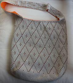 Bolso de rombos / Crochet diamond bag Tutorial ✭Teresa Restegui http://www.pinterest.com/teretegui/ ✭