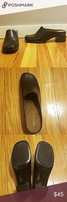 NWOT Chocolate brown aerosoles clogs Nwot chocolate brown aerosoles clogs, brand new, cute with jeans or dress pants for work! AEROSOLES Shoes Mules & Clogs