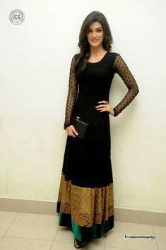 Actress-Kriti-Sanon-Photos-(13)