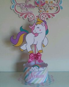 Resultado de imagen para FESTA UNICORNIO 1st Birthday Party For Girls, Unicorn Themed Birthday Party, Girl Birthday Decorations, Birthday Diy, Birthday Party Themes, Fun Crafts For Kids, Diy And Crafts, Unicorn Crafts, Happy B Day