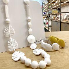 Angela Caputi leaves necklace. ⚪️⚪️⚪️ . . Via del Giglio 66 | Empoli . . #AngelaCaputi #angelacaputigiuggiù #bijoux #designbijoux #designer…