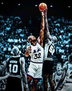 SHAQUILLE ONEAL Basketball Art, Basketball Legends, Shaquille O'neal, Orlando Magic, Nba Players, Aba, Superstar, Diesel, Diversity