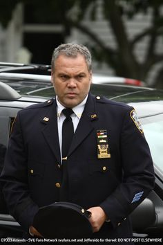 Vincent D'Onofrio in formal suit. Law and Order: CI