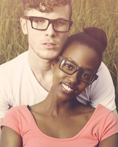 The couple that sees together stays together! Matching his & hers rectangular frames. | photo: Swirl Life.