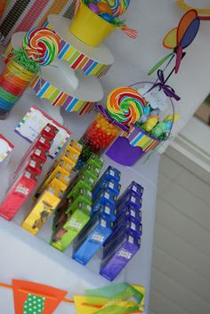 Love the rainbow of Juice drinks for this Rainbow party!