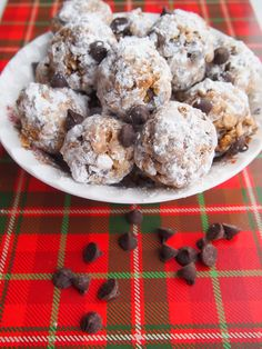 Perfect for holiday gatherings, these Peanut Butter Snowballs are a yummy and festive treat your family is sure to love.