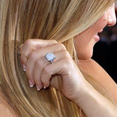Kate Hudson's emerald-cut diamond ring