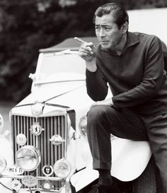 Toshiro Mifune and the cigarette! 三船敏郎