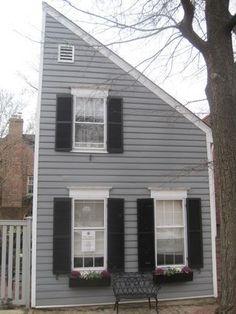 Flounder House - Alexandria, VA