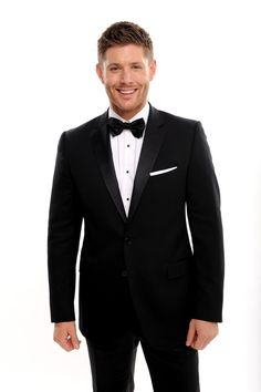 The Devilishly handsome Jensen Ackles and the People's Choice Awards.....He is FINE!