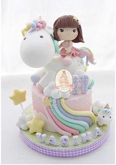 I like the idea of personalising the cake. A child would love this.especially as they are included in the cake Baby Birthday Cakes, Unicorn Birthday Parties, Unicorn Party, Little Pony Cake, Unicorn Cake Topper, Girl Cakes, Cute Cakes, Fondant Cakes, Creative Cakes