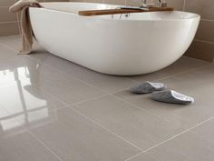 porcelain bathroom tile floors ideas www.giesendesign.com