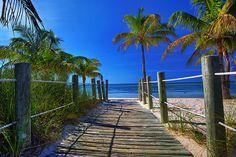 Boardwalk to Paradise, Maui