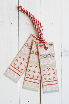 Free Holiday Knit Gift Tags | Eat Drink Chic