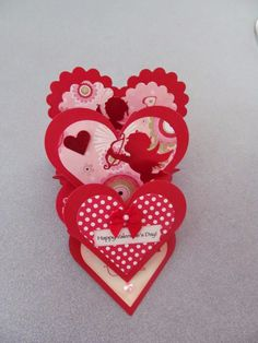 This is an fun Valentine easel card to make.  I found  this tutorial  for the heart easel card on pinterest.  It is a good tutorial and ex...