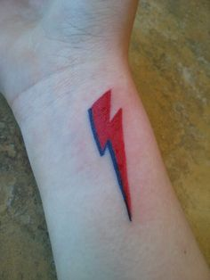 Ziggy Stardust tattoo! <33  It's Aladdin Sane, not Ziggy