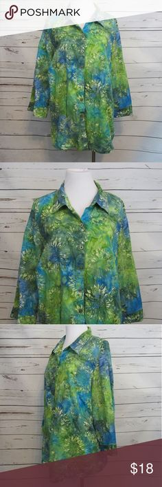 "CJ Banks Green Blue Floral 3/4 Sleeve Top 2X Brand: CJ Banks by Christopher & Banks  Size: 2X Material: 100% Cotton  Care Instructions: Machine Wash  Bust: 50"" Shoulders: 17"" Sleeves: 18"" Length: 26""  All clothes are in excellent used condition. No tears, stains or holes unless otherwise I noted.   P? Christopher & Banks Tops Blouses"